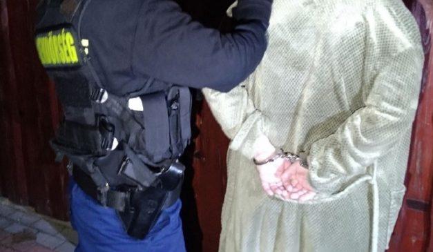 Nem tétlenkedtek az érdi rendőrök: három körözöttet is lekapcsoltak az éjjel, köztük egy bosszúszomjas volt férjet is