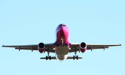 Hihetetlen helytállás: repülőn mentette meg egy férfi életét a nyaralására utazó magyar doktornő