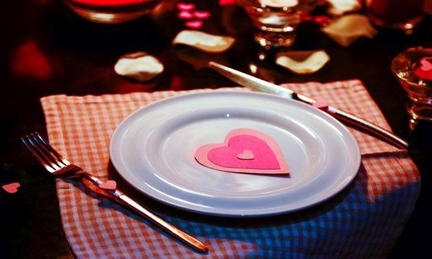Valentin-napi átverés: Szélhámos udvarló húzta le több százezer forinttal a kiszemeltjét