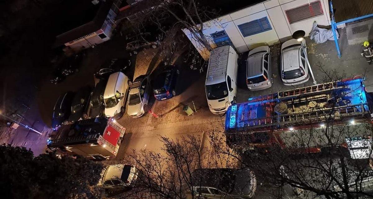 Újabb részletek a budapesti tűzről – Gyertyával világított az áldozat, majd elaludt és felcsaptak a lángok – Fotók a helyszínről