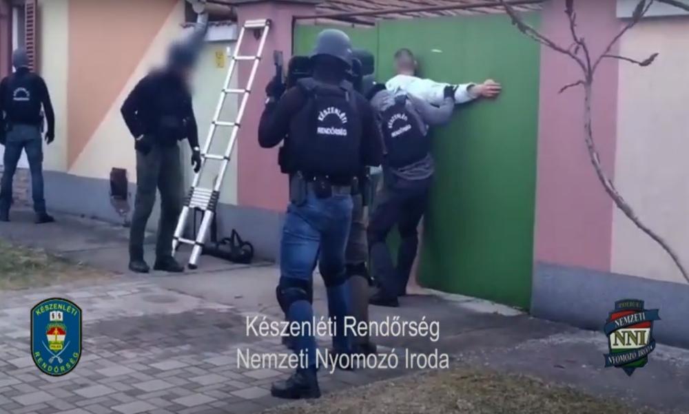 Visszaeső embercsempészre csaptak le a kommandósok – videó