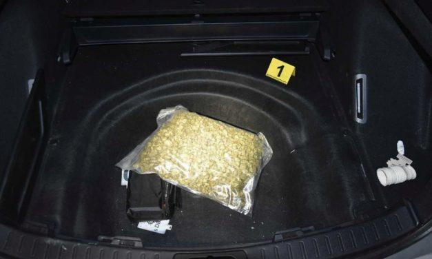 Autósüldözés után találták meg a drogot a zuglói rendőrök