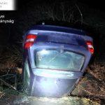 Ittasan, jogsi nélkül balesetezett a rendszám nélküli autóval – ez vár most a férfira