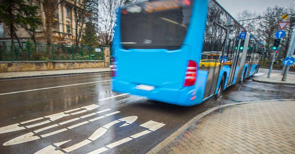 Elszabadultak az indulatok: maszk miatt verekedtek össze a csepeli 148-as buszon