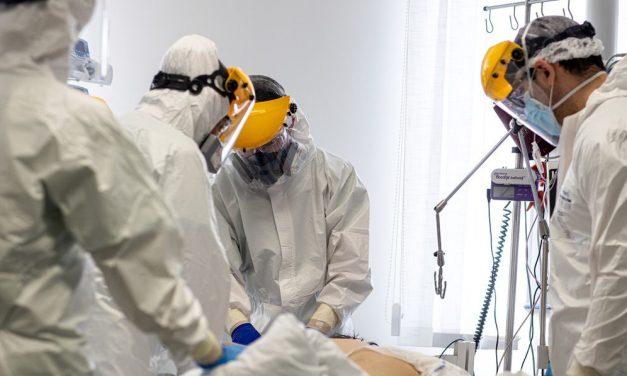 """""""Egy új, fájdalmaktól, jajkiáltásoktól menetes szférában lesznek újra együtt"""" – szinte egyszerre halt meg koronavírusban a kiskunhalasi édesanya és a 23 éves rendőrnek készülő fia"""