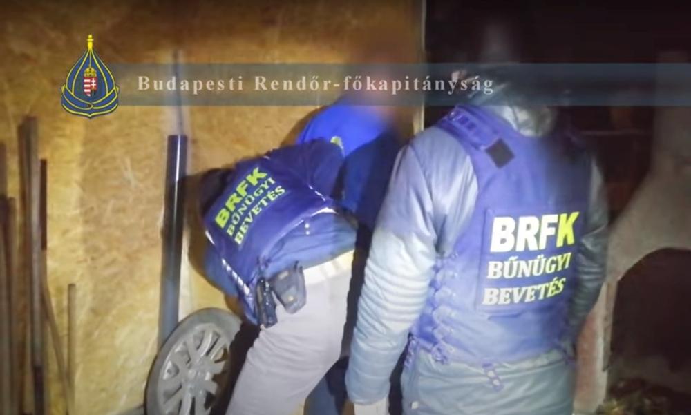 Francia autókat lopott a budapesti tolvaj: Videón az elfogása