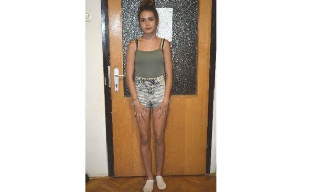 Már hetek óta nem adott magáról életjelet ez a Tolna megyei, 15 éves kamaszlány – Láttad valahol? – fotó