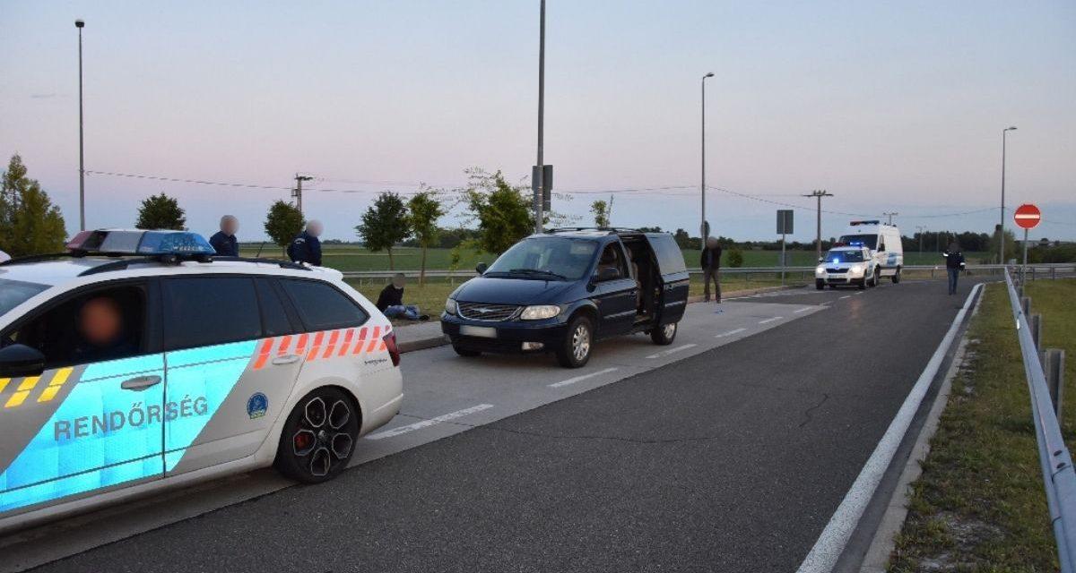 Embercsempész bűnszervezetet derítettek fel a rendőrök – Tolna és Vas megyében futottak össze a szálak – Fotók