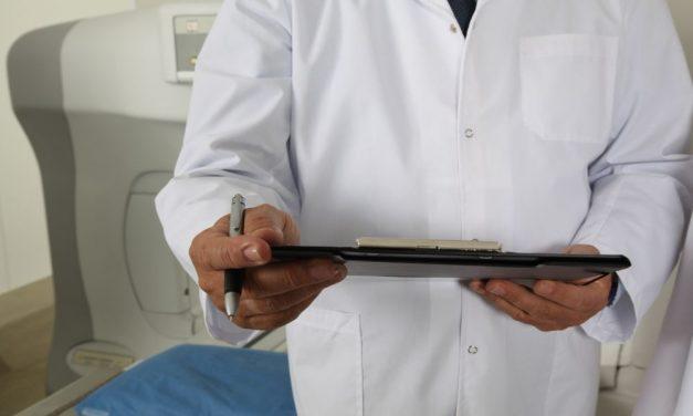 100-200 ezer forintért már hamis védettségi igazolványhoz lehet jutni, sokan a háziorvosnál próbálkoznak
