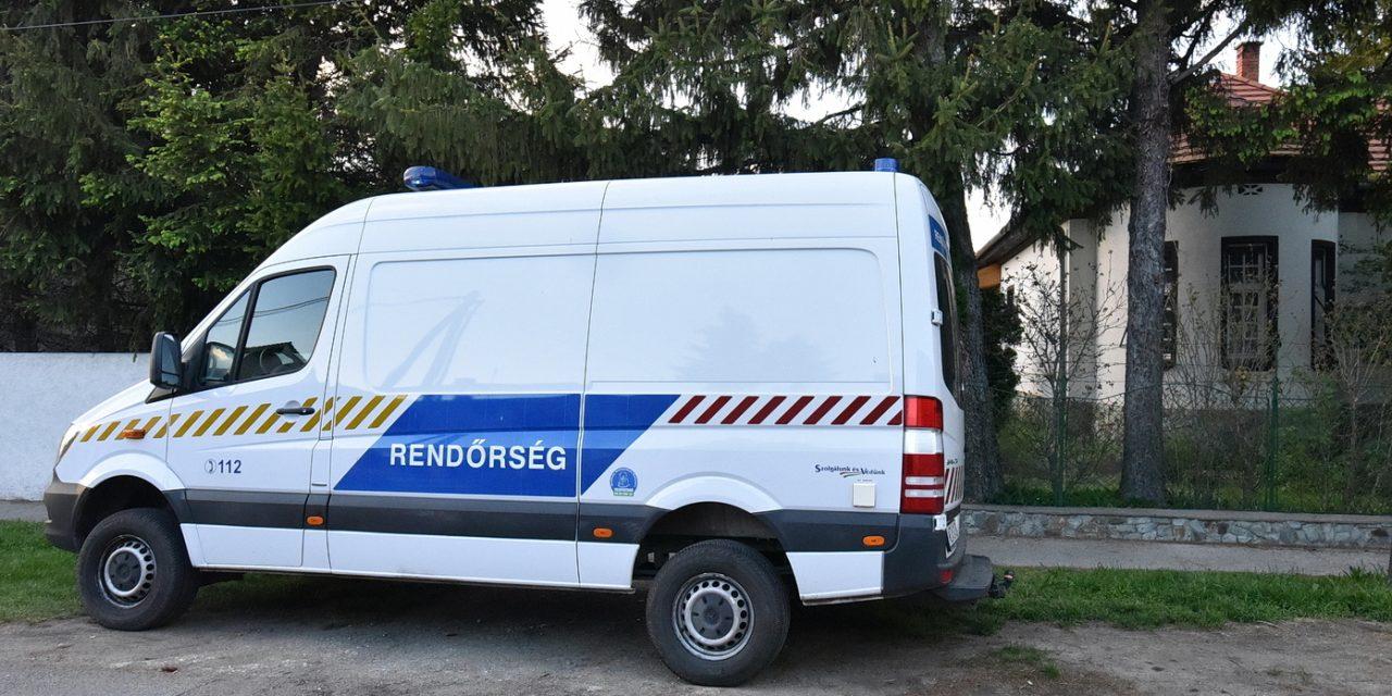 Betörtek Kásler Miklós házába, a betörők az ablakon jutottak be az ingatlanba