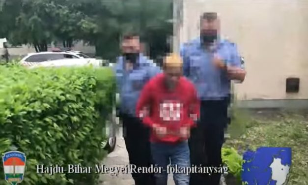 Egy idős nőt rabolt ki egy négyfős társaság Debrecenben, az asszony súlyosan megsérült