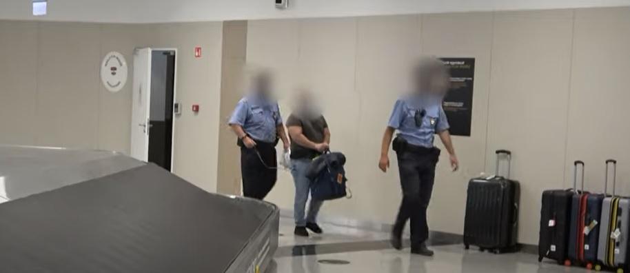 10 évvel ezelőtti rablás gyanúsítottján kattant most a bilincs – Svájcban ütöttek rajta az évek óta menekülő férfin – videó