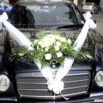 Hajszálon múlt, hogy nem lett temetés az esküvőből: félrenyelte az aprósüteményt az egyik vendég, újra kellett éleszteni az idős férfit