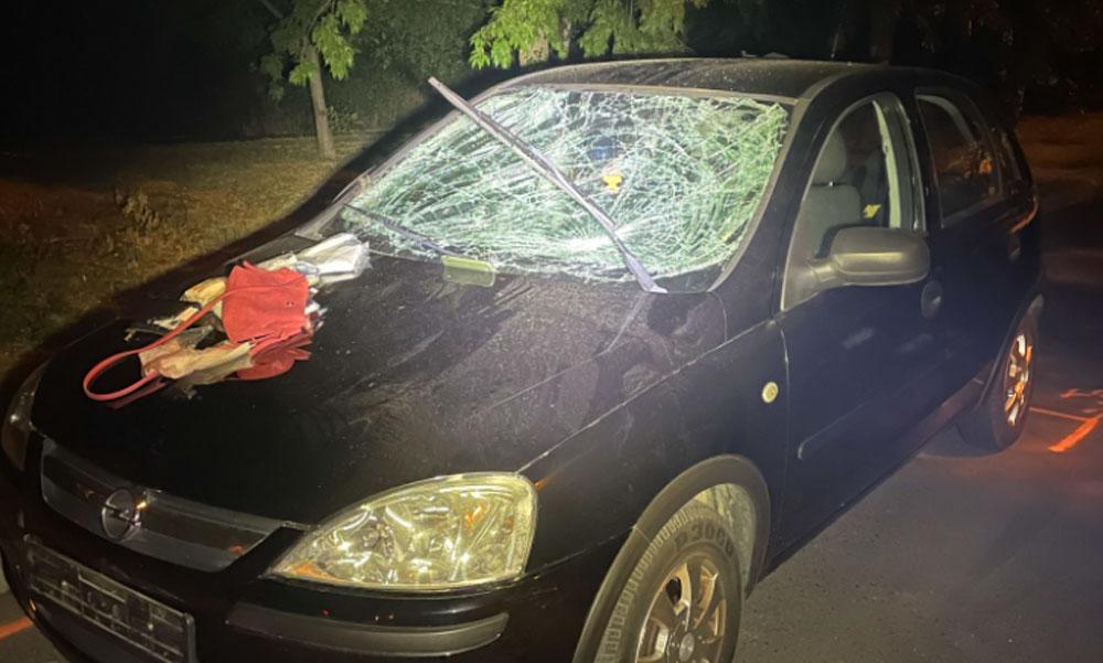 """""""A vérző fejű hölgy egy idő után kinyitotta a szemét"""" – öt gyalogost gázolt el egy 19 éves nő Budapesten, a baleset után sokkot kapott a sofőr"""