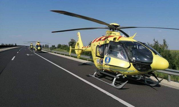 Négyen meghaltak az M6-os autópályán, miután egy embercsempész a rendőrök elől menekült – a helyszínre három mentőhelikopter érkezett