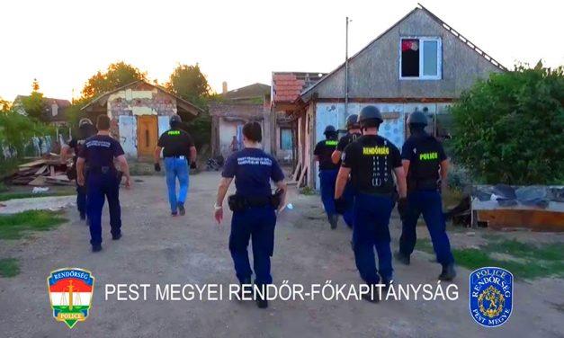 Akcióban a rendőrhadsereg: Hajnalban érkeztek, flip-flop papucsban vitték börtönbe a meglepett bűnözőt
