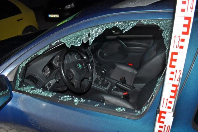 A rendőrség elárulta, mit kell tennünk, hogy ne a mi autónkat törjék fel a tolvajok