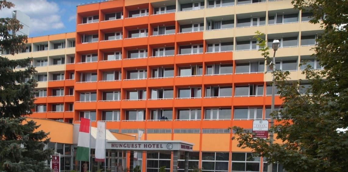 Kiderült: zárlatos klíma okozta a zalakarosi szállodatüzet, két szoba teljesen kiégett – Megszólalt a hotel kommunikációs igazgatója