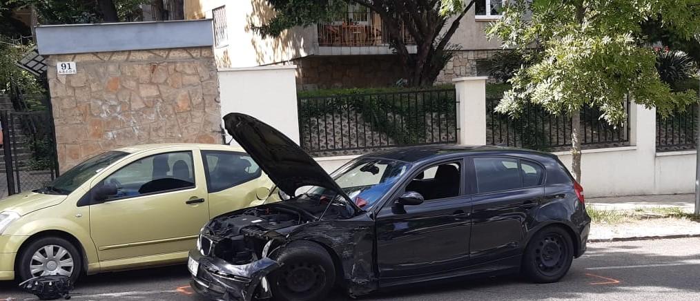 Egyik baleset érte a másikat: Gyöngyösnél meghalt két ember, az 51-esen megpördült egy autó, Pest megyében is többen ütköztek, az M0-áson nem egy tömegkarambol volt