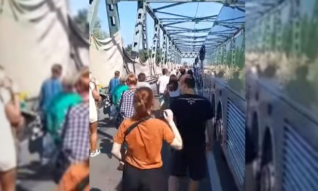Fegyveresek a határon: Szívatják az embereket az ukrán-magyar határátkelőn, Ukrajnában a saját állampolgáraikat sem látják szívesen