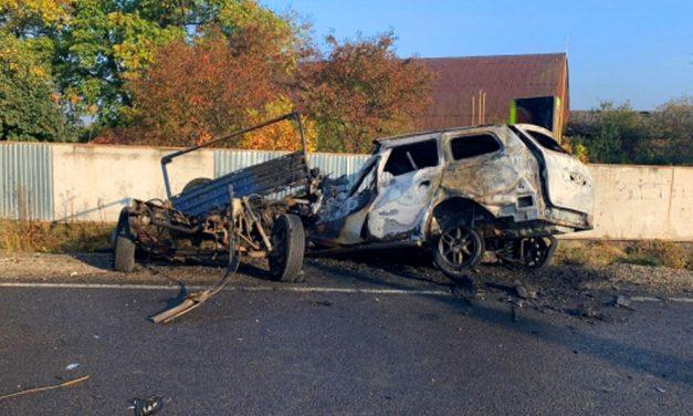 """""""Reménykedtünk benne, hogy nem róla van szó"""" – 2 megszólalt Csontos Karina nővére, a TV2 felfedezettje 3 társával együtt egy autóba égett halálra"""