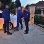 Hamis védettségi igazolványokkal bizniszelt két férfi, majd drogot is találtak náluk