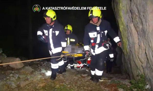Szakadékba zuhant egy fiatal férfi a Budai-hegyekben, mentőakció indult a megmentésére